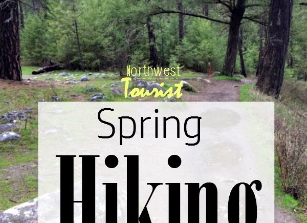 Spring Hiking Tips- Hiking in the Spring is one of my favorite activities. The weather is great and the birds are out. Here are some hiking tips for Spring